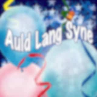 Auld Lang Syne Traditional (Lone Piper)