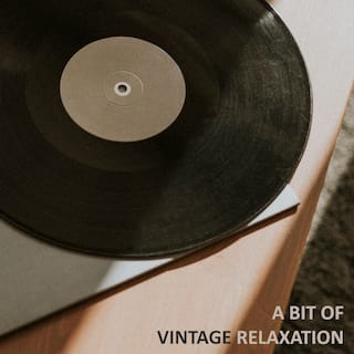 A Bit of Vintage Relaxation – Collection of Wonderful Retro Jazz Music for Long, Lazy Weekends